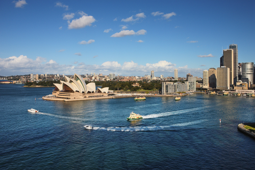 Tips To Keep Yourself Safe While Visiting Tourist Attractions In Australia